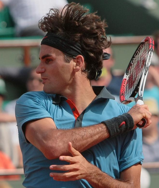 Federer 1st round 01.jpg