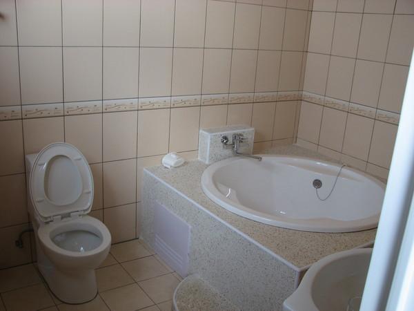 1夜4300的浴缸