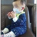 20110205(1Y1D)感冒戴口罩3