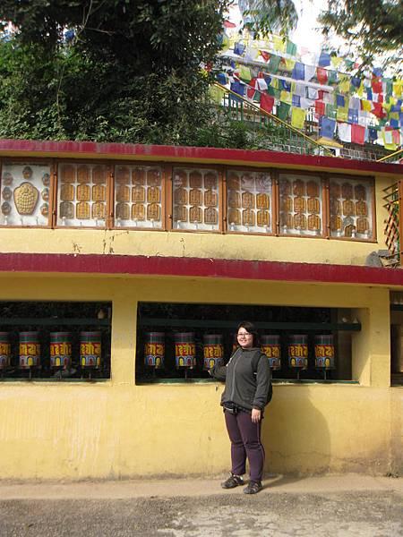 近官邸的喇嘛廟.JPG