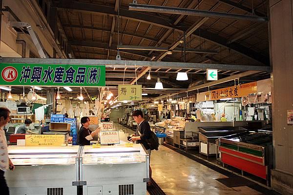 泊港魚市場05.jpg