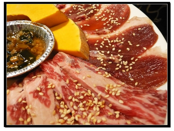 屋馬燒肉 鴨肉、霜降牛肉