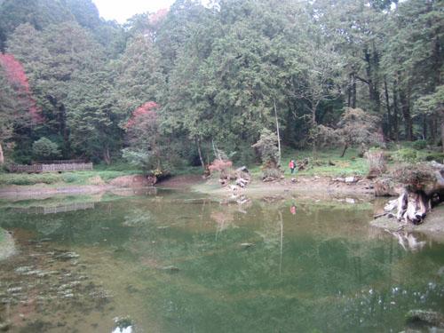 004姐妹潭的全景