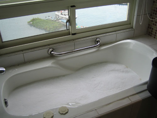 SPAHOME 浴室按摩浴缸