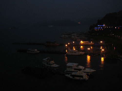 水社碼頭夜景
