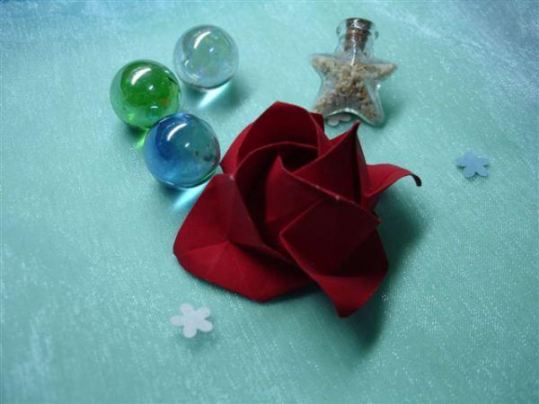 第二朵小紅玫瑰