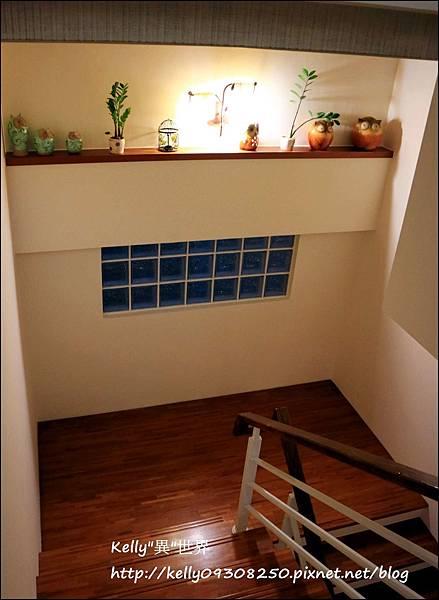 樓梯間-1800.jpg