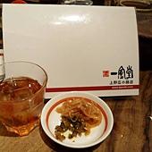 麥茶、小菜隨你吃喝唷.jpg