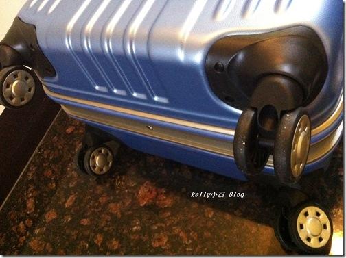 戰車行李箱 004
