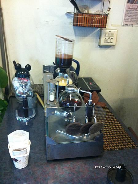 2014.10洋森咖啡 003.jpg