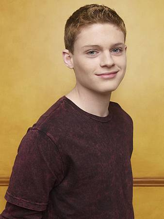 switched-at-birth-sean-berdy-4