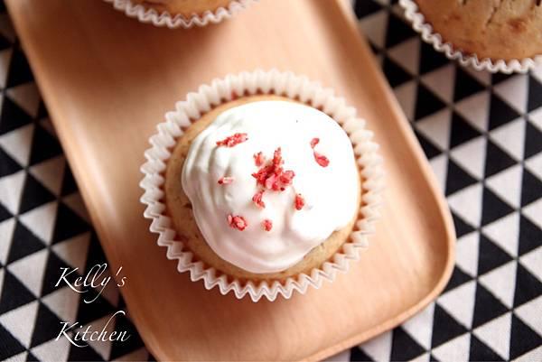 2017010草莓杯子蛋糕-6
