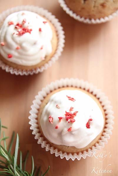 2017010草莓杯子蛋糕-7
