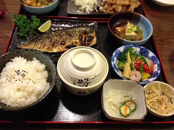 薄鹽鯖魚定食