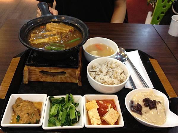 椰香咖哩牛肉 (2)