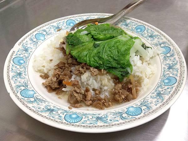 肉燥飯 (2)