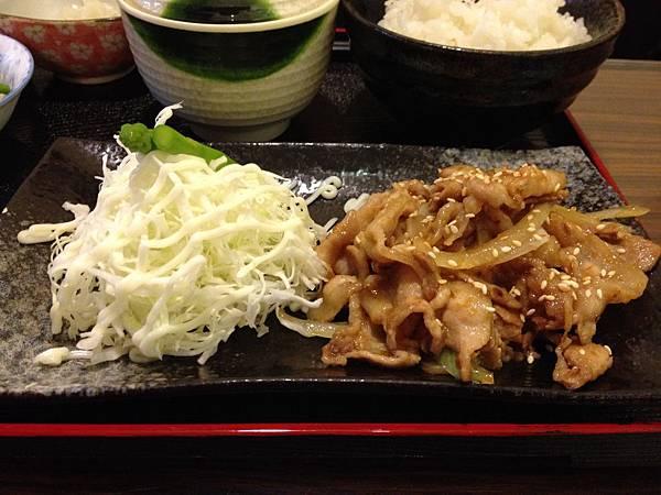 薑汁燒肉定食 (2)
