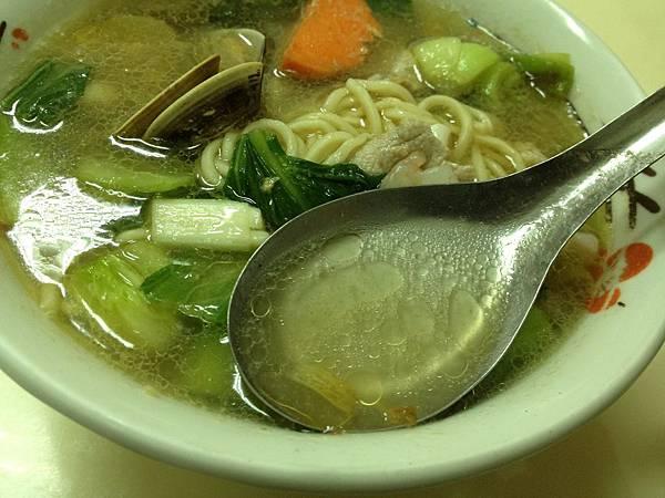 什錦湯麵 (6)