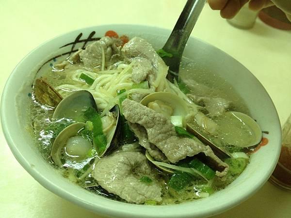 白肉蚌麵 (2)