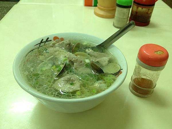 白肉蚌麵 (1)