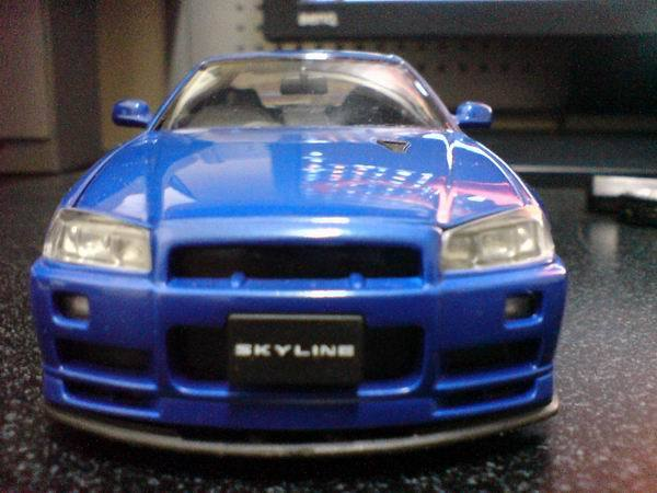 GTR-R34 正面