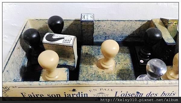 桌子18.jpg