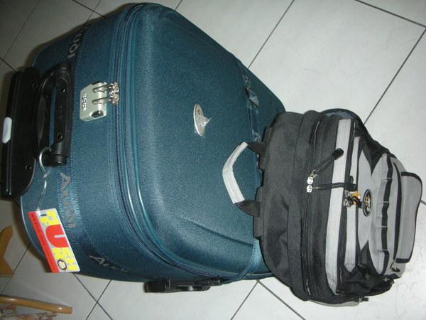 背包行李.JPG