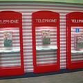 第二航廈電話亭.JPG