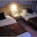 084_雙床的雙人房.JPG
