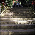113_神社前階梯.JPG
