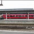 061_大分站的九州橫斷特急列車.JPG
