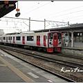 062_進站的區間普通車(大分站).JPG