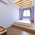 room9-1.jpg