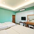 room3-2.jpg