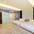 room8-2.jpg