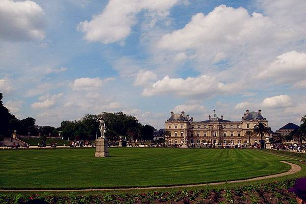 Jardin du Luxembour一景