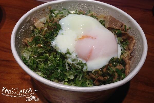 104.08sukiya丼飯08.jpg