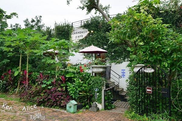 104.12夏慕尼咖啡民宿01.jpg