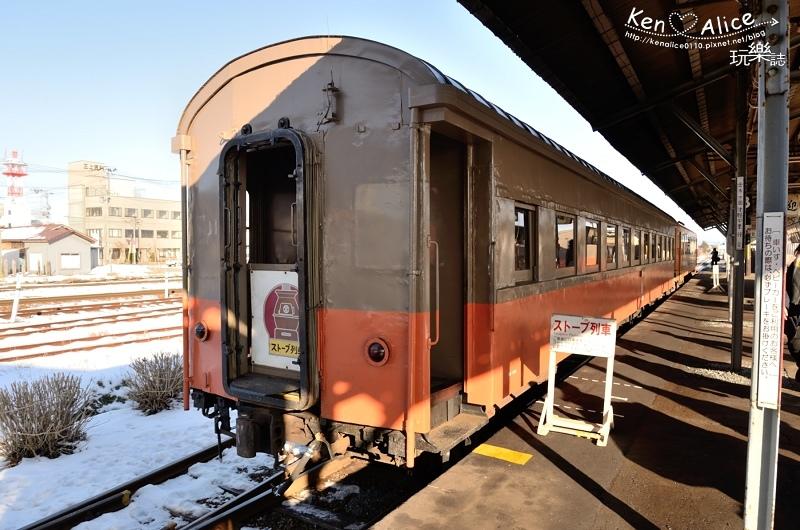 106.01日本青森_暖爐列車01.jpg