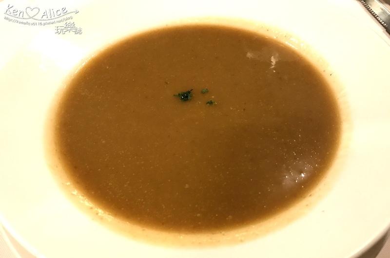 105.12台北排餐_拉佩提法餐09.jpg