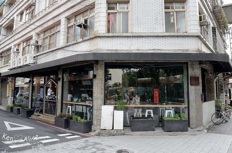 106.05宜蘭市區美食_ resort brew coffee02.jpg