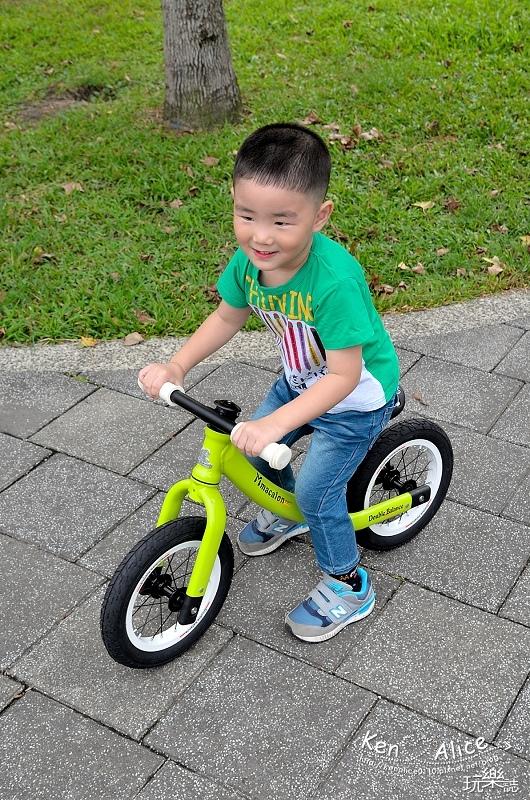 2017.07Double Balance兒童滑步車、平衡車15.jpg