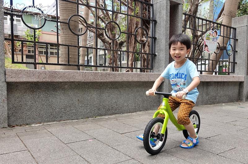 2017.07Double Balance兒童滑步車、平衡車24.jpg