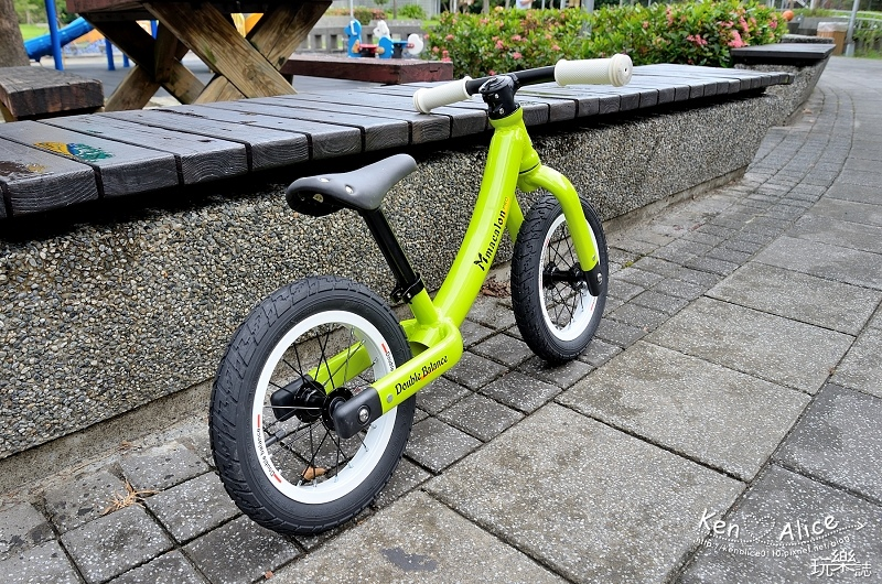 2017.07Double Balance兒童滑步車、平衡車28.jpg