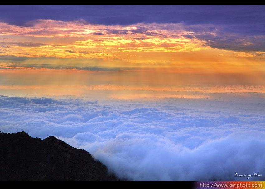 「雲海」的圖片搜尋結果
