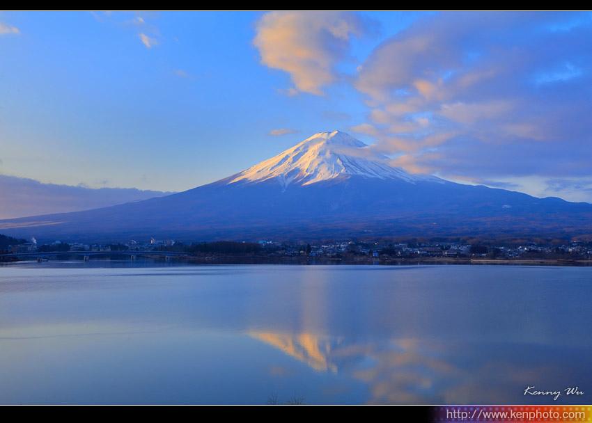 fuji-mo05.jpg