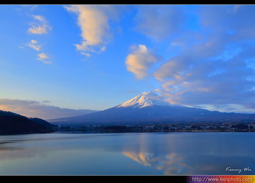 fuji-mo06.jpg
