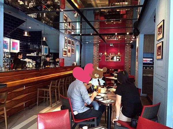18 Cafe (2)