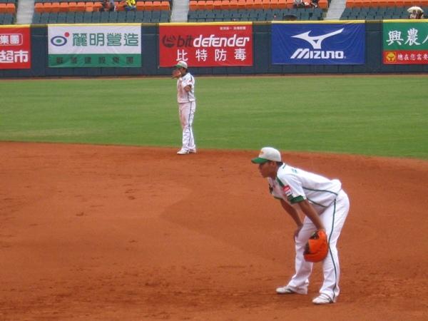 20090613新莊棒球場牛獅戰 079.jpg