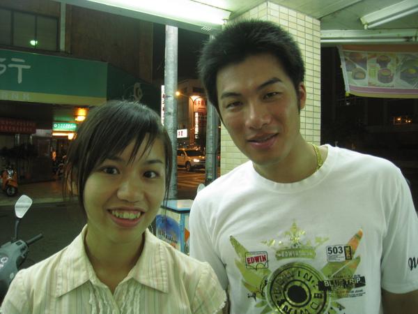 20090822台南天下與興農球員合照 041.jpg